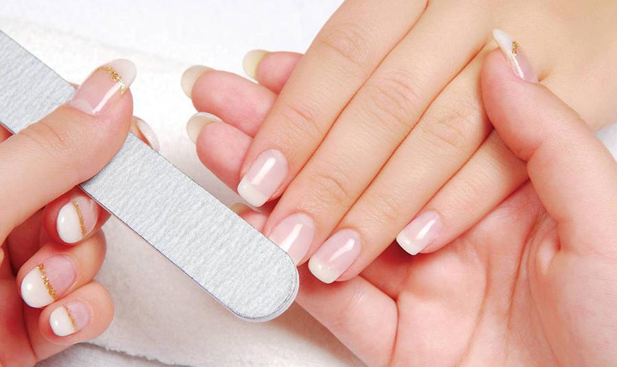Bí quyết chăm sóc móng tay tại nhà cực kỳ đơn giản mà hiệu quả không ngờ