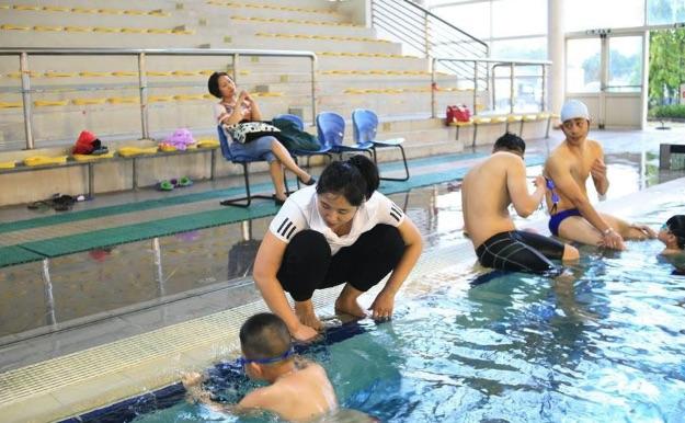 Bể bơi hơi nước nóng Mỹ Đình