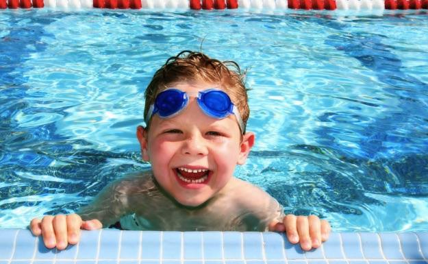 Lợi ích của bể bơi nước nóng